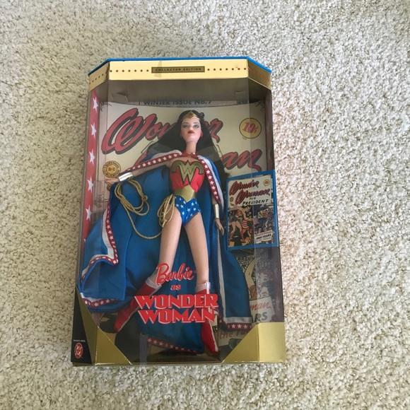 Vintage 1999 Wonder Woman Barbie